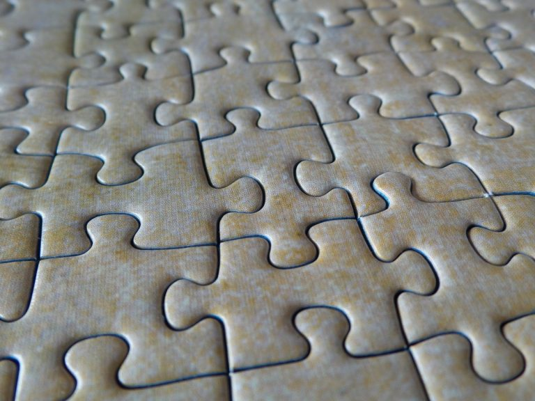 jigsaw_puzzle_puzzle_pieces_solved_assembled_match_success_solution_piecing_together-809414-768x576-22